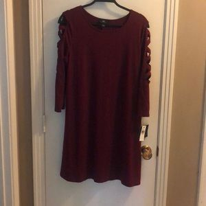 I.N. Lattice sleeve burgundy dress